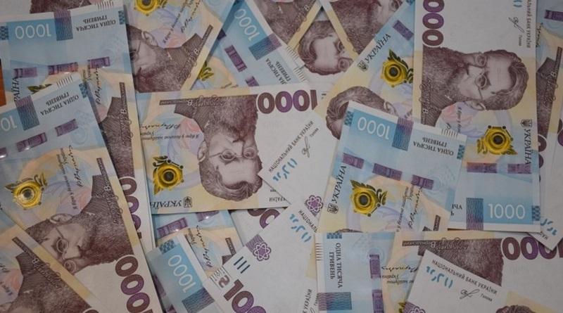 Бюджет Украины наполовину состоит из кредитов