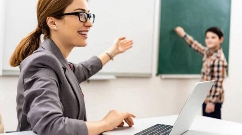 Украина закупит учителям ноутбуки: подробности