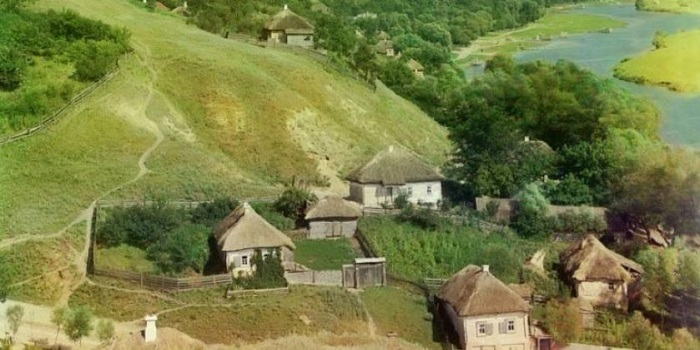 В Украине постепенно вымирают сёла Подробнее читайте на Юж-Ньюз: http://xn----ktbex9eie.com.ua/archives/22177