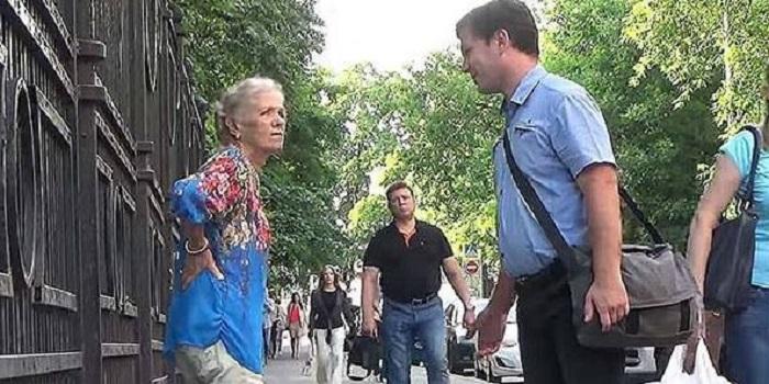 Бабуся шокувала всіх. Видео. Подробнее читайте на Юж-Ньюз: http://xn----ktbex9eie.com.ua/archives/24090