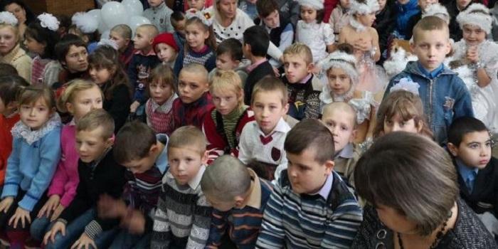 Энергетики ОП ЮУАЭС поздравили воспитанников подшефных школ-интернатов с новогодними праздниками Подробнее читайте на Юж-Ньюз: http://xn----ktbex9eie.com.ua/archives/34975