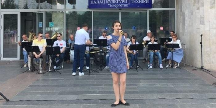 Южноукраїнськ — ДЕНЬ ЄВРОПИ Подробнее читайте на Юж-Ньюз: http://xn----ktbex9eie.com.ua/archives/51637