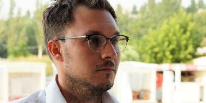 «Слуга народа» Черноморов рассказал, зачем идет в Раду: «Немножко что-то поменять, если получится» Подробнее читайте на Юж-Ньюз: http://xn----ktbex9eie.com.ua/archives/56854