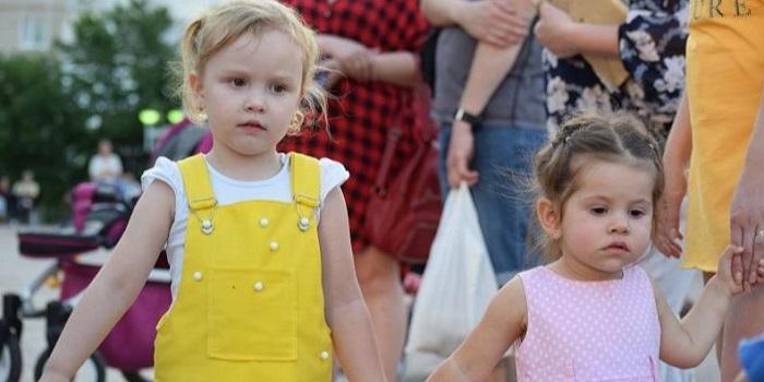Южноукраинск — День молодёжи — Фоторепортаж Подробнее читайте на Юж-Ньюз: http://xn----ktbex9eie.com.ua/archives/56523