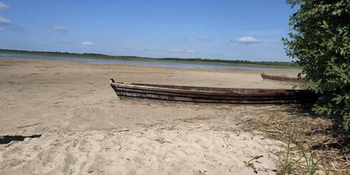 Озеро Свитязь катастрофически обмелело Подробнее читайте на Юж-Ньюз: http://xn----ktbex9eie.com.ua/archives/59162