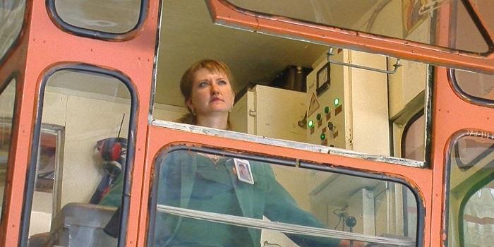 На отраслевом конкурсе профмастерства среди машинистов крана ЮУАЭС будет представлять Анна Корнева Подробнее читайте на Юж-Ньюз: http://xn----ktbex9eie.com.ua/archives/60708