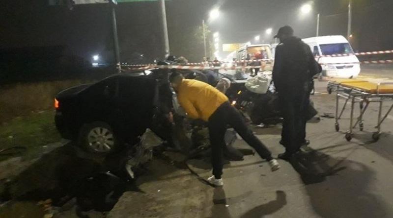 Ночью в ДТП в Николаеве погиб сержант патрульной полиции Подробнее читайте на Юж-Ньюз: http://xn----ktbex9eie.com.ua/archives/64941