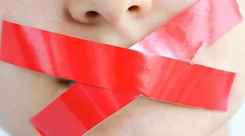 На Николаевщине воспитательница детского сада заклеивала детям рот скотчем за «плохое поведение» Подробнее читайте на Юж-Ньюз: http://xn----ktbex9eie.com.ua/archives/63711