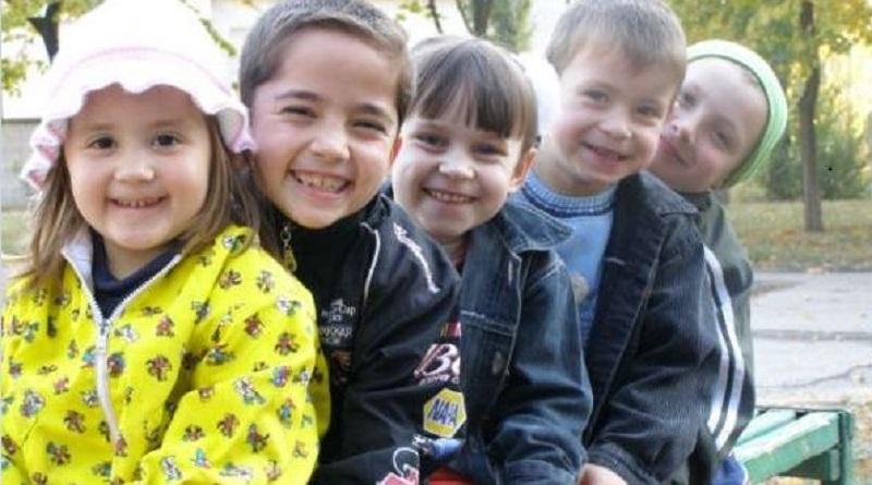 """Вітання — """"Центр соціально-психологічної реабілітації дітей""""м.Южноукраїнськ». Видео. Подробнее читайте на Юж-Ньюз: http://xn----ktbex9eie.com.ua/archives/64454"""
