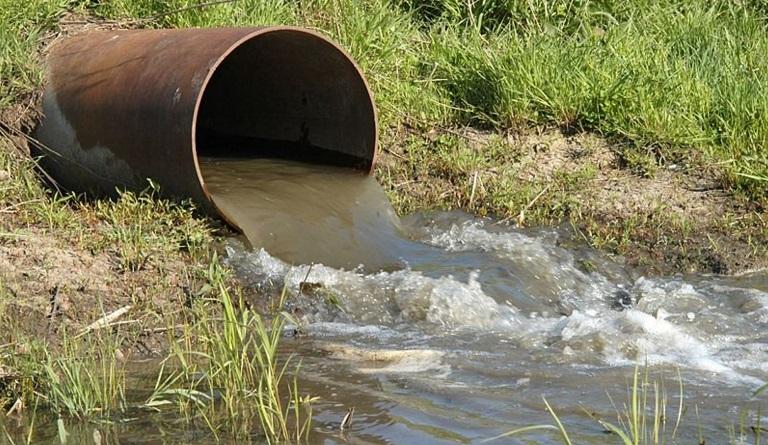 В Арбузинке КП сбрасывало сточные воды в реку: ушерб почти 300 тысяч Подробнее читайте на Юж-Ньюз: http://xn----ktbex9eie.com.ua/archives/72880