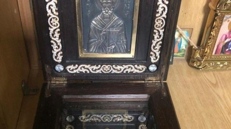 В Виннице украли мощи Святого Николая из храма Подробнее читайте на Юж-Ньюз: http://xn----ktbex9eie.com.ua/archives/72430