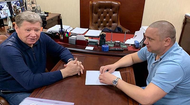 «Наш край» пополняется настоящими профессионалами. К команде Кормышкина присоединился Николай Круглов Подробнее читайте на Юж-Ньюз: http://xn----ktbex9eie.com.ua/archives/74872