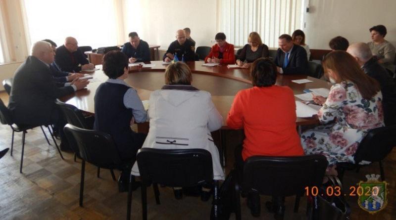 В Южноукраїнську планують проведення комплексу протиепідемічних заходів Подробнее читайте на Юж-Ньюз: http://xn----ktbex9eie.com.ua/archives/74577