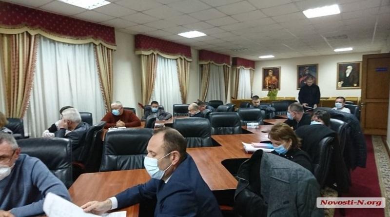 С понедельника в Николаевской области закроют все рынки, включая продовольственные Подробнее читайте на Юж-Ньюз: http://xn----ktbex9eie.com.ua/archives/75261