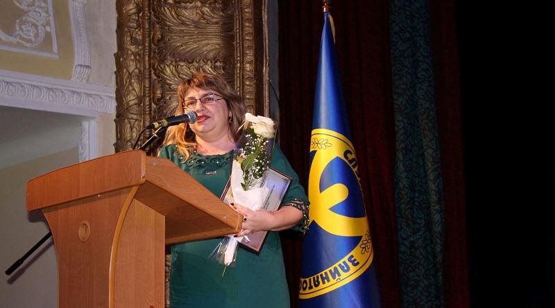 Надія Іванова визнана успішною жінкою-роботодавцем — Наш край Подробнее читайте на Юж-Ньюз: http://xn----ktbex9eie.com.ua/archives/74864