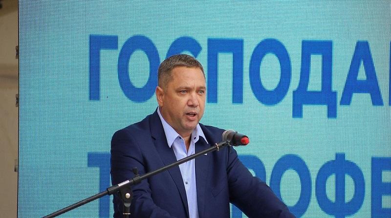 «Это копирование и оттягивание голосов одновременно»: Кормышкин о схожести новосозданных партий с «Нашим краем»