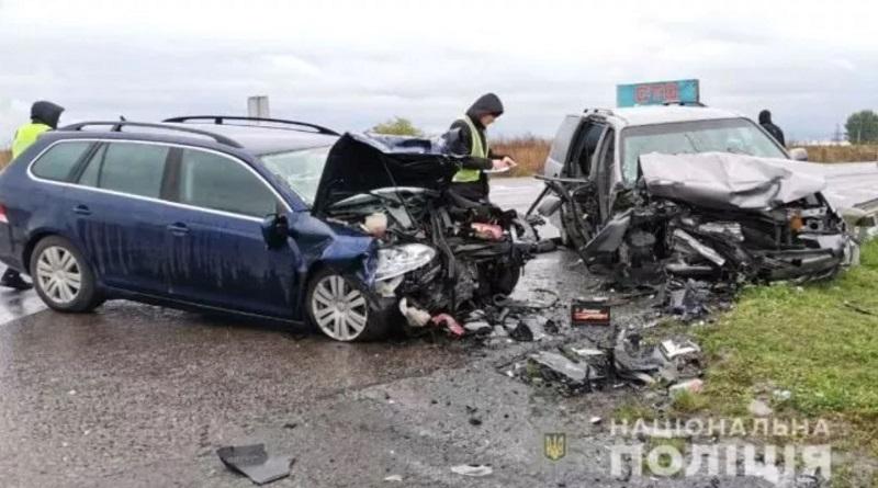 Ужасное ДТП на трассе Киев-Чоп: беременная женщина погибла по дороге в роддом