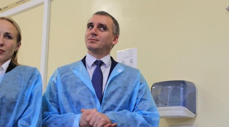 Госпитализированный с COVID-19 мэр Николаева выступил против карантина «выходного дня»