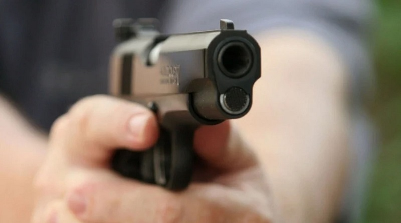 В Южноукраинске девушке выстрелили в глаз из пистолета — пострадавшая госпитализирована