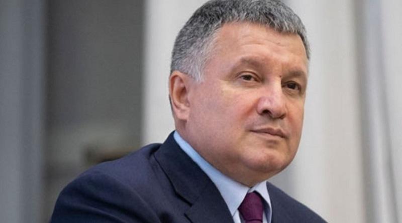 «В чем же его героизм?», - министр МВД Аваков о радикале Стерненко