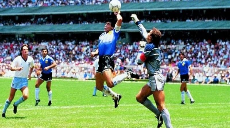 Игра рукой теперь не нарушение: что изменилось в правилах футбольного судейства