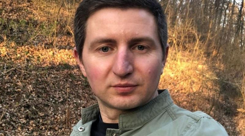 «Тут є якісь хворі на… бананофікус?» - лівівський журналіст показав онлайн COVID-лікарню на Закарпатті та зчинив ґвалт у відділку поліції (ВІДЕО)