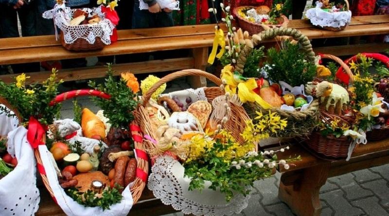 Цены на продукты взлетят к Пасхе: чем стоит закупиться