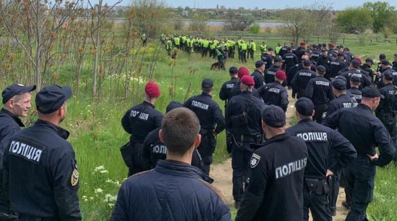 Беспрецедентная поисковая операция в Николаеве: почему так тщательно ищут пропавшего Олега Полякова?