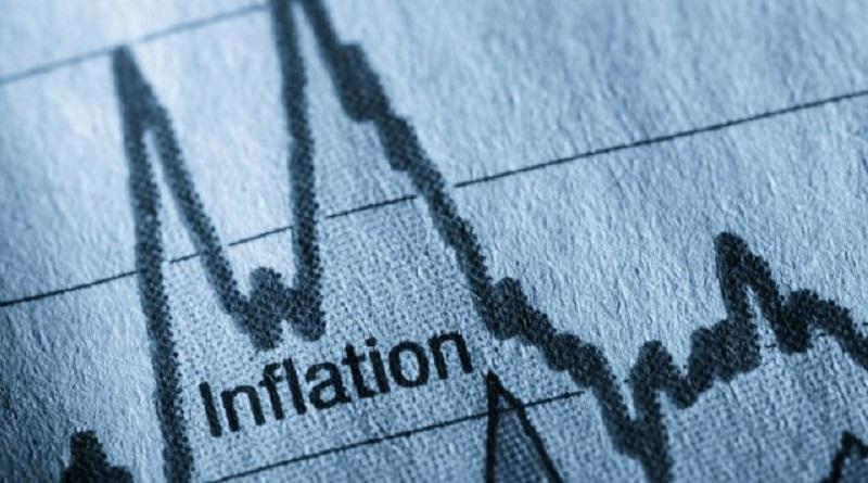 Коммуналка и продукты снова подорожают: как инфляция отразится на ценах