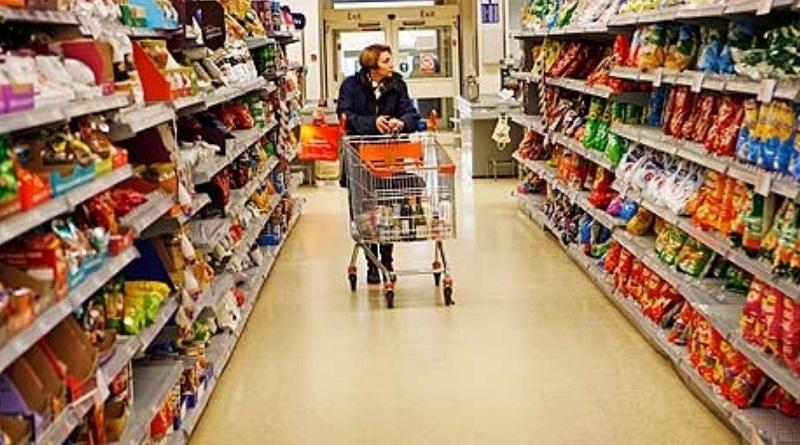 Некачественные продукты в магазине: эксперт рассказал, где можно пожаловаться