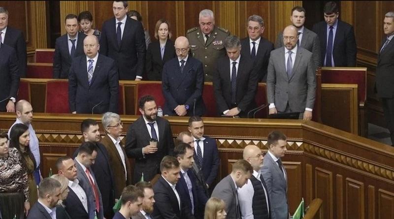 От Шмыгаля уходят пять министров: перед Радой - сложная задача