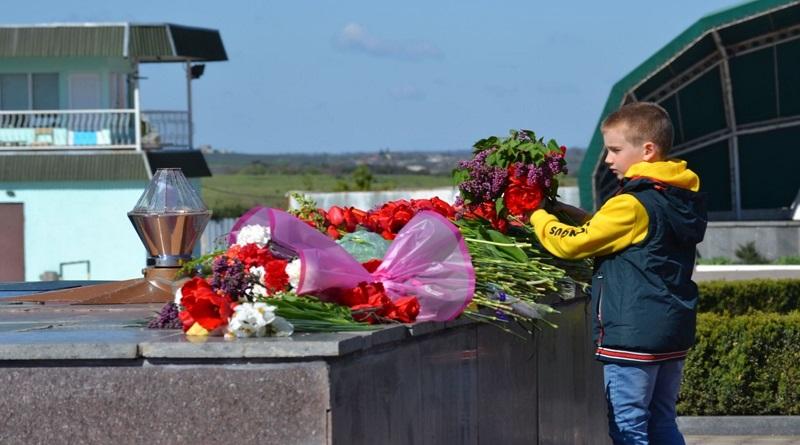 День перемоги над нацизмом у Другій світовій війні: фоторепортаж з урочистостей у Южноукраїнську