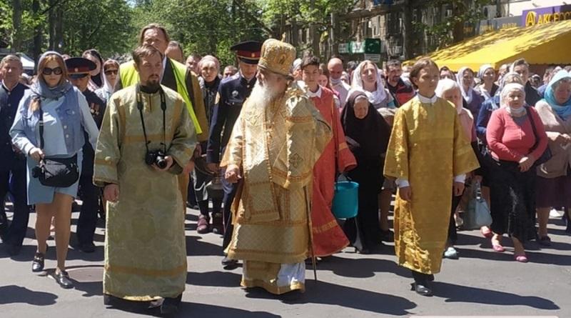 В Николаеве состоялся крестный ход в честь Летнего Николая
