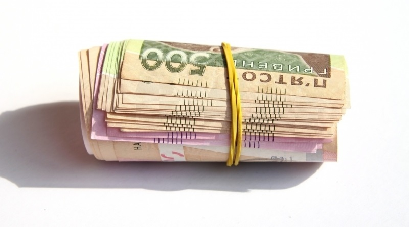 Пенсии судей после всех перерасчетов выросли на 50 тысяч, а простых украинцев – на 1,2 тысячи грн