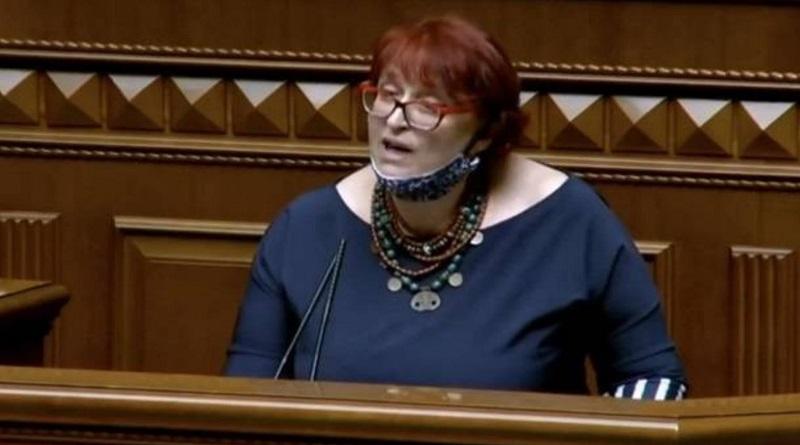 Нардеп Третьякова считает, что 5 тысяч гривен зарплаты достаточно для жизни