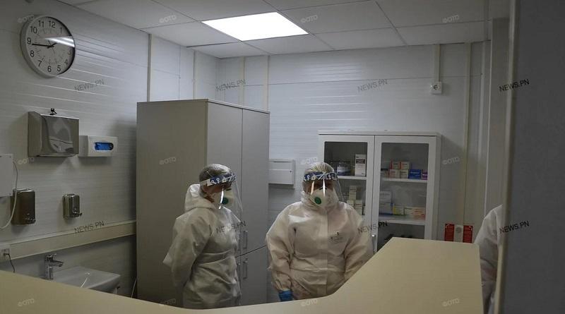 Зеленский подписал указ о повышении минимальной зарплаты медикам: «Нельзя, чтобы руководители больниц получали сто тысяч, а медсестры шесть»