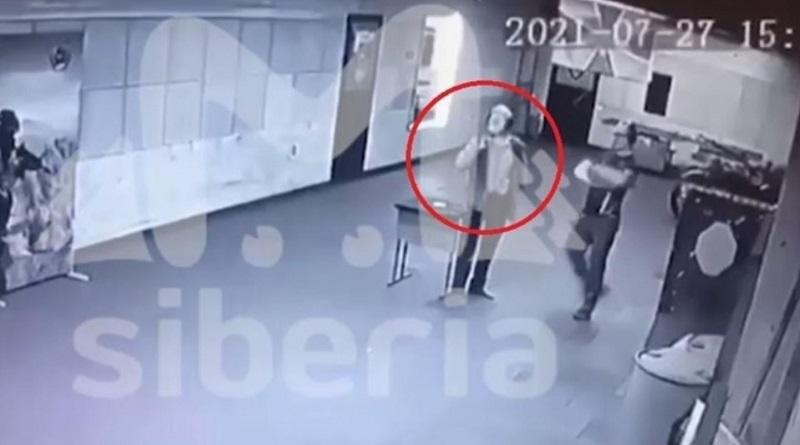 В РФ посетитель тира застрелился на глазах у инструктора (видео 18+)