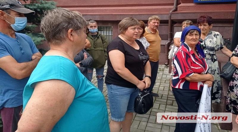 «Доманевская полиция крышует фермера!» - в Николаеве с протестом вышли собственники паев