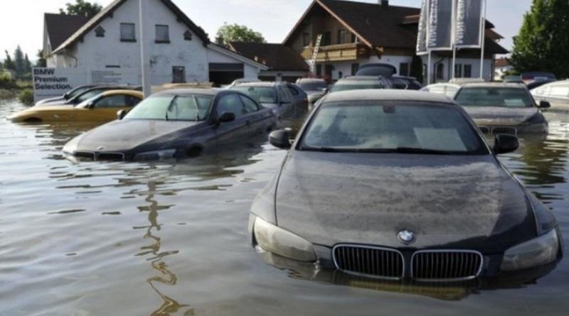 Украинский рынок могут заполнить поврежденные наводнениями автомобили из Европы