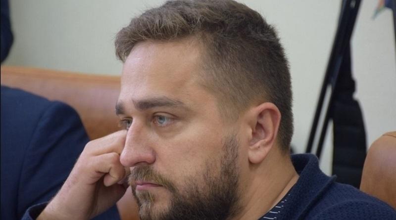 Выпущенный под залог вице-мэр Коренев уже гуляет по улицам Николаева
