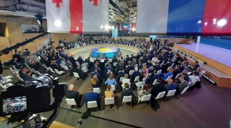 Зеленский заявил, что Украина сама не сможет вернуть Крым
