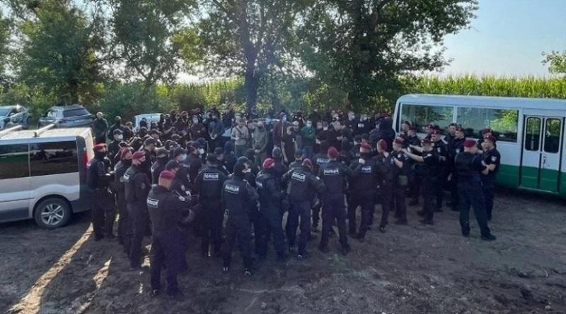 В Черкасской области задержаны 6 человек, пытавшихся сорвать выступление Зеленского, – полиция