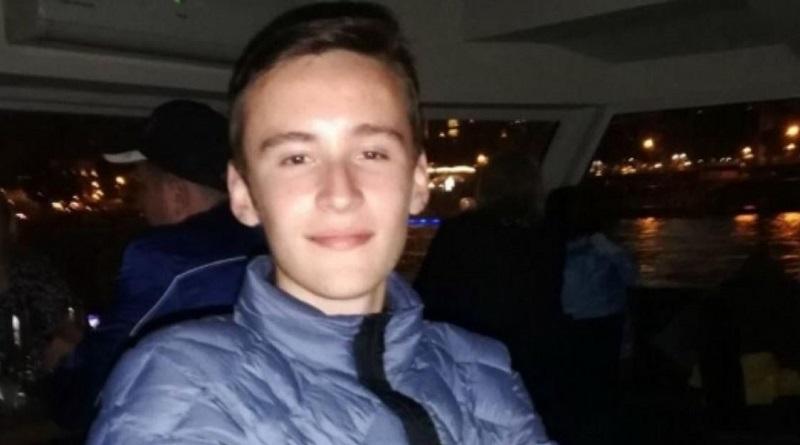 В Николаеве разыскивают без вести пропавшего 18-летнего Алексея Быкова