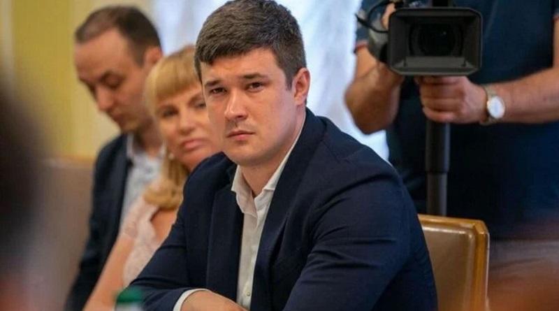 Украинцам выплатят зарплаты в виртуальной гривне
