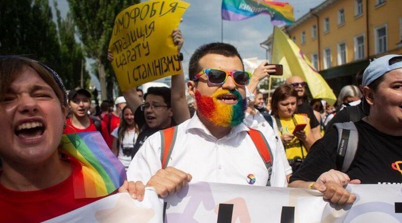 В центр Киева стянут силовиков из-за ЛГБТ-марша