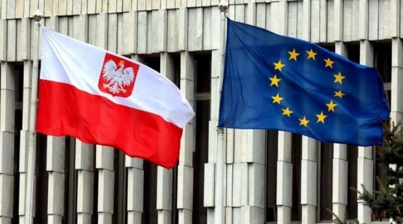 Польша может выйти из ЕС: из Варшавы посыпались заявления
