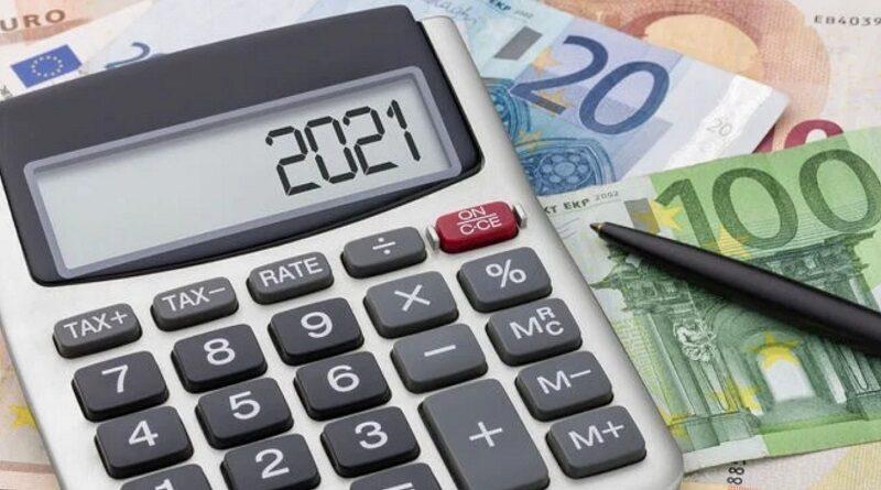 Заробитчанам посоветовали не подавать декларацию о доходах в Украине