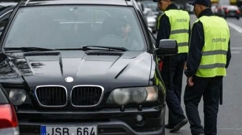 """""""Евробляхи""""начнут отбирать: водители сжигают машины. Видео."""