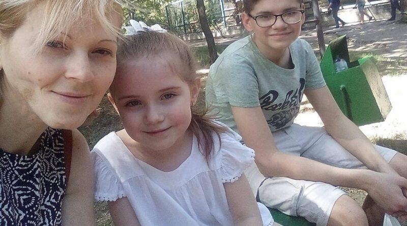 Маленький житель Николаева просит помощи в спасении его мамы от смертельной болезни