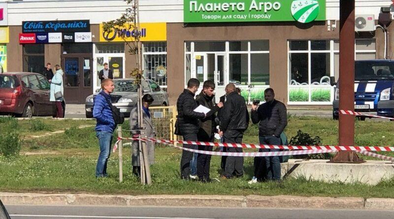 В Чернигове убили полицейского, еще один - в реанимации